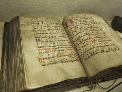 illuminated hymnal, Belguim — Ana Gobledale