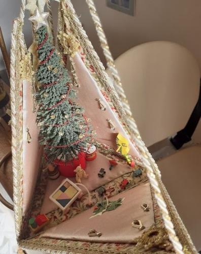 Christmas scene - Joy Purchase