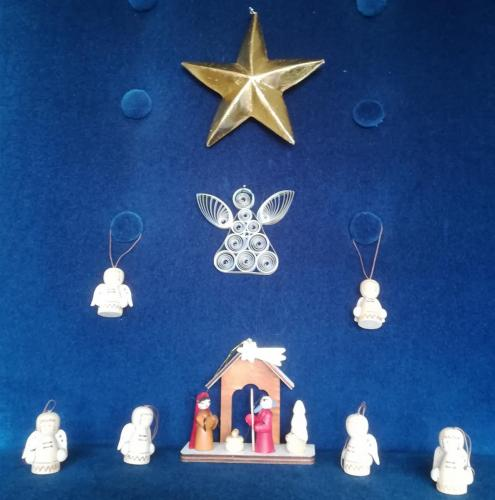 Leslie Shaw Nativity - Asian star, Russian angel, German angels (2)